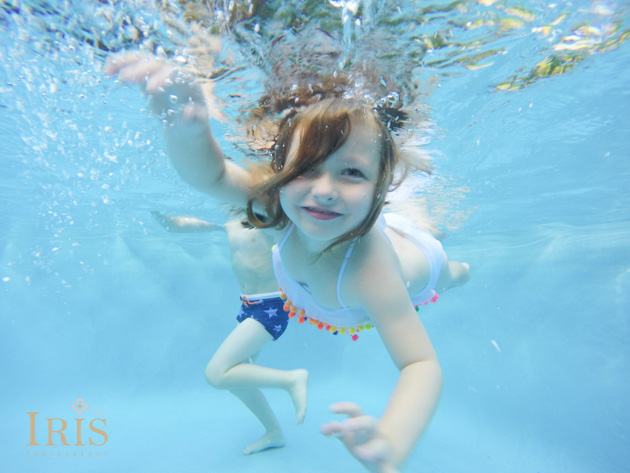 west hartford family photographer underwater pool