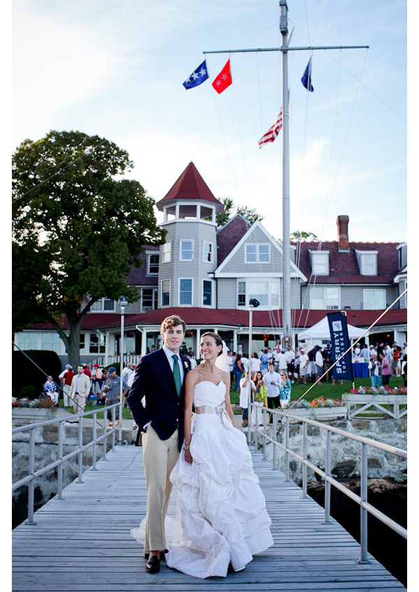 Larchmont Yacht Club wedding photo in front of clubhouse